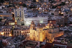 Guanajuato City became the world's leading silver producer in the 18th century as a result of the veta madre.