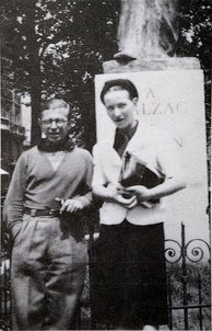 Jean-Paul Sartre and Simone de Beauvoir at the Balzac Memorial