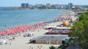 Mamaia Beach (in September 2013)