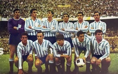 In 1967 Racing achieved international success, winning the Libertadores and Intercontinental Cups.