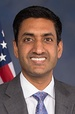 Ro Khanna, official portrait, 115th Congress (cropped).jpg