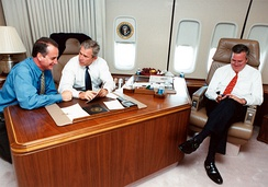Díaz-Balart with President George W. Bush and Governor Jeb Bush aboard Air Force One in 2004