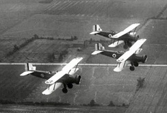Douglas O-38s of the Ohio National Guard in flight, 1936