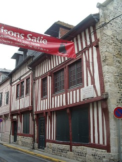 The houses of Satie