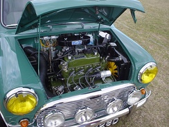 Transversely mounted engine in Mini Cooper