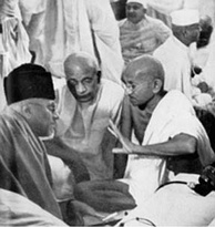 Maulana Azad was a prominent leader of the Indian independence movement and a strong advocate of Hindu-Muslim unity. Shown here is Azad (left) with Sardar Patel and Mahatma Gandhi in 1940.