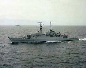 HMS Arrow (F173) underway c1982.jpg