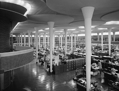 An open office area in Wright's Johnson Wax headquarters complex, Racine, Wisconsin (1939)