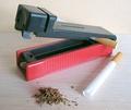 Ручная машинка для набивки табаком сигаретных гильз