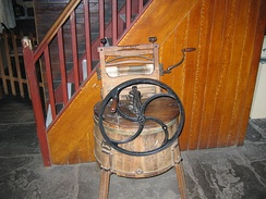 19th-century Metropolitan washing machine