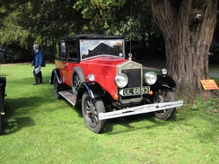 16–45 2-litre six-cylinder 6-light saloon admired by W R Morris