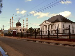 Synagogue and mosque adjacent to each other in Paramaribo