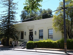 Historic former post office in Ukiah[1]