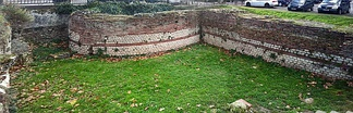 The remains of the Roman wall in Toulouse illustrate the early use of brick and stone in construction.