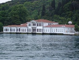 Kıbrıslı Mehmed Emin Pasha mansion (yalı) in Kandilli, Boğaziçi, İstanbul, acquired in 1840 and largely extended by the Pasha and owned today by his descendants