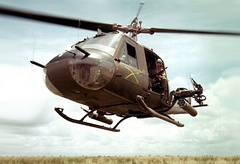 UH-1B helicopter gunship