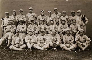 The 1919 Chicago White Sox, with Mayer in the bottom row, third from the right