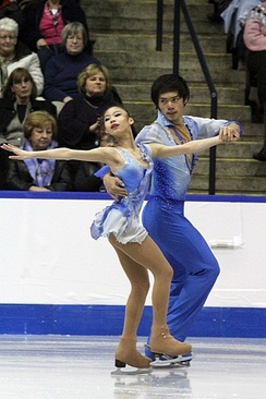 Yu and Jin at 2011 Skate Canada