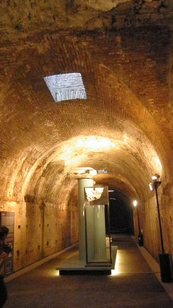 Subterranean tunnel with skylight
