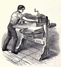1820s old style paper cutter
