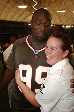 Warren Sapp visiting members of the US Navy