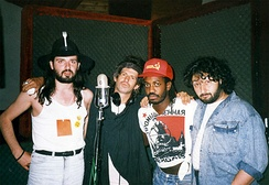 Richards's side project the X-Pensive Winos in 1988, recording Talk is Cheap. Left to right, Sergei Voronov, Keith Richards, Steven Jordan, Stas Namin.
