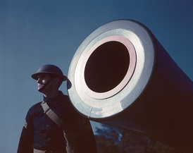 16-inch coast artillery howitzer, Fort Story, Virginia, USA 1942
