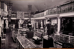 Hall of Statuary, Wellcome Historical Medical Museum, Wigmore Street, London, c. 1926. Unknown photographer. The Wellcome Collection, London