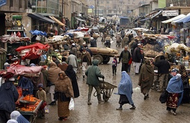 An Afghan market teeming with vendors and shoppers