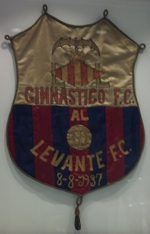 Pennat of Gimnàtic de València and Levante FC, the two teams that created the Levante UD