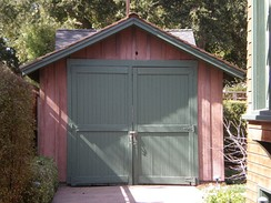 "The ""Birthplace of Silicon Valley"" garage, where Stanford University graduates William Hewlett and David Packard developed their first product in the 1930s"