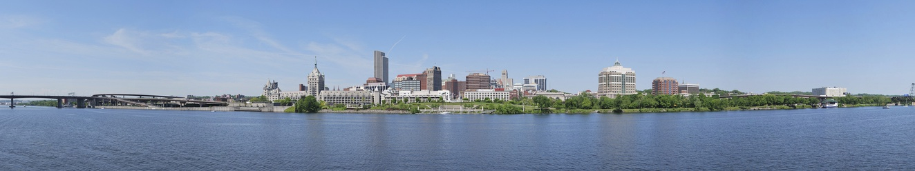 Panorama of the New York state capital Albany and the Hudson River from Rensselaer, New York.