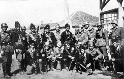 Chetniks pose with German soldiers