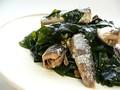 Блюдо из сардин и вакамэ (Япония)