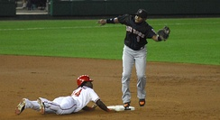 Lastings Milledge steals a base.
