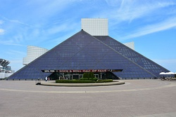Rock and Roll Hall of Fame, May 2016.jpg