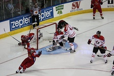 Alexander Semin scores a goal in the gold medal game between Canada and Russia at the 2008 World Championships.