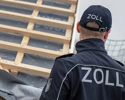 Customs officer in Zoll-uniform