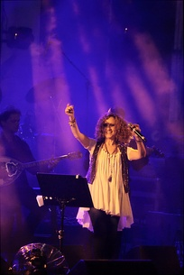 Glykeria during a concert held in Rishon Le-Zion, September 2013.