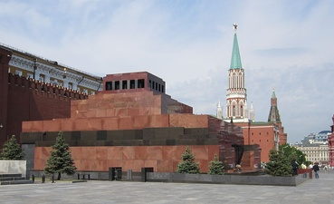 the Lenin Mausoleum in Moscow by Alexey Shchusev (1924)