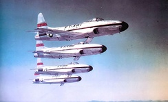 1950 photo of USAF Fighter School Acrojets demonstration team. Identified aircraft are Lockheed F-80C-10-LO Shooting Stars, 49-481, 49–508, 49–510, 49–511. 49–481 had been assigned to the 1st Fighter Group. The remainder were among the handful of F-80C-10s that did not see service in the Korean War.