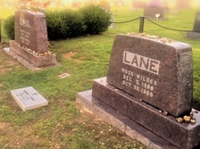Lane's gravesite next to that of her parents in the Mansfield Cemetery, Missouri