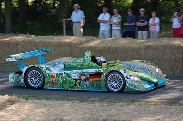 This R8, in a special crocodile livery, won the Race of a Thousand Years in Adelaide, Australia, in 2000 driven by Allan McNish and Rinaldo Capello.