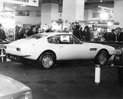 The Aston Martin V8 at the 1972 Motor Show