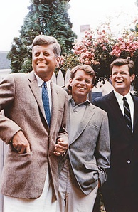John, Bobby, and Ted Kennedy during John's presidential campaign, July 1960, in Hyannis Port, Massachusetts[3]
