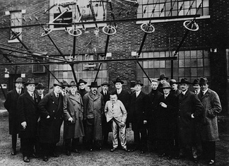 Sarnoff with Albert Einstein and other noted scientists and engineers on a tour of the RCA wireless station in New Brunswick, New Jersey in 1921