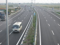 A section of the North–South Expressway linking Cầu Giẽ and Ninh Bình
