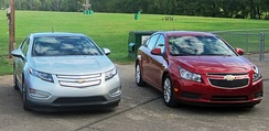 Chevrolet Volt (left) and Chevrolet Cruze Eco (right)
