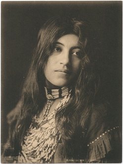 Kaw-u-tz, photographed in 1906