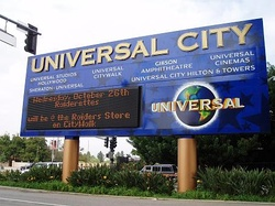 The Universal City sign, on the corner of Lankershim Boulevard and Universal Hollywood Drive, 2009.
